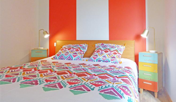 chambre rayure_orange_etnique_gite